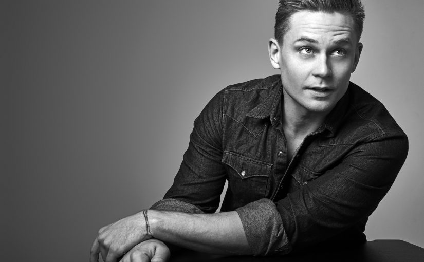 Interview: The Magnetism of Billy Magnussen – 'Black Mirror' & 'Game Night'